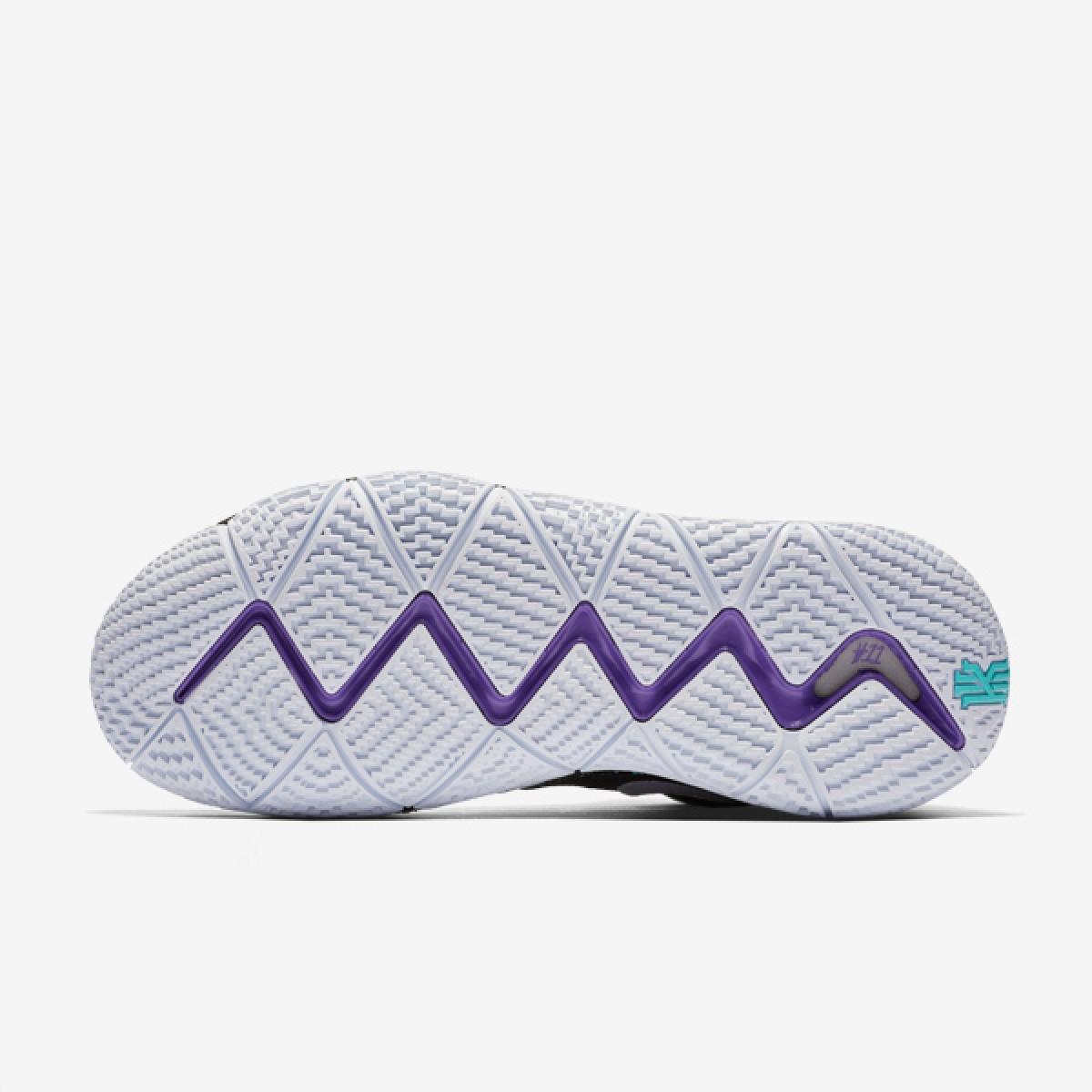 Nike Kyrie 4 'Black/White' 943806-002