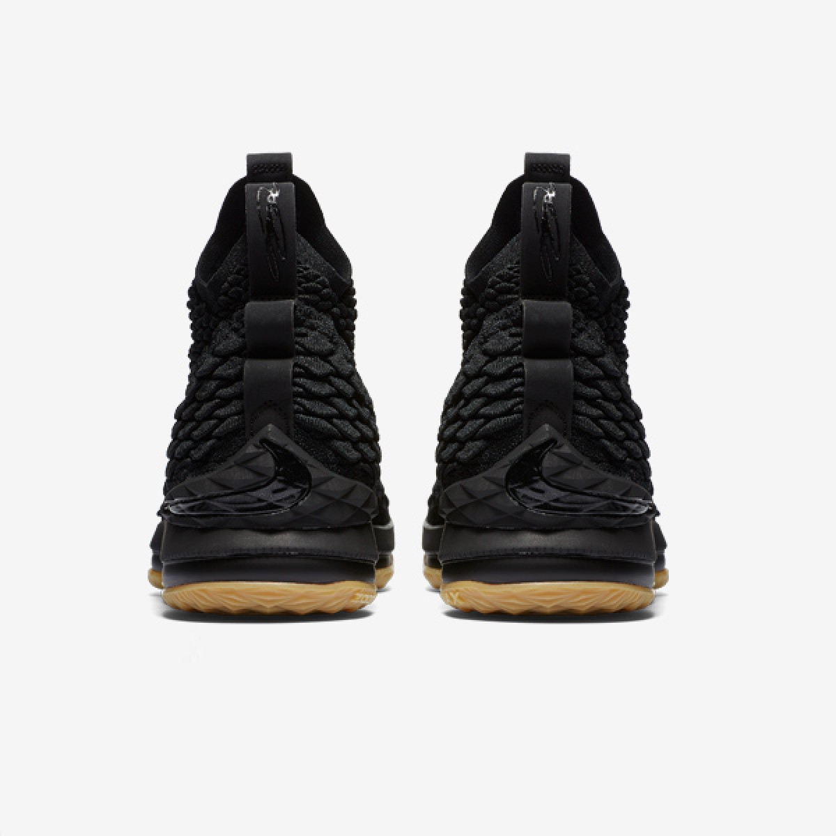 Nike Lebron XV 'Black gum' 897648-001