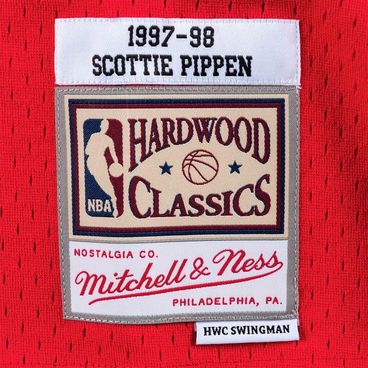 Mitchell & Ness Swingman Jersey Bulls Pippen Road '1997-98'-SMJYGS18153