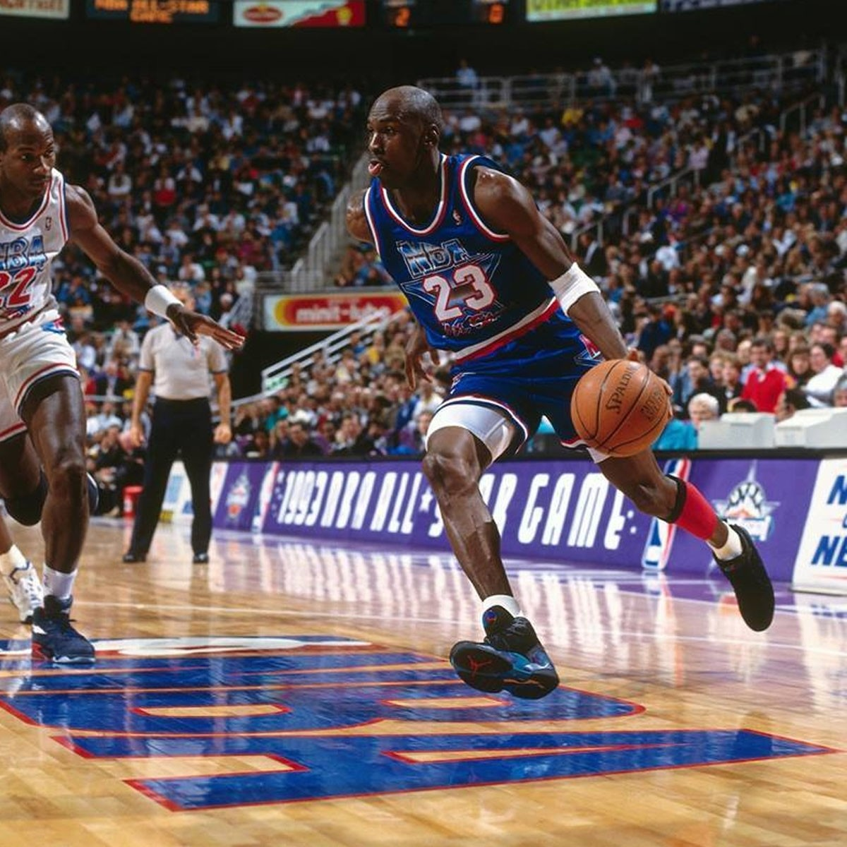 Mitchell & Ness Jordan Authentic Jersey 'All-Star 93' ASEROYA9-3MJO