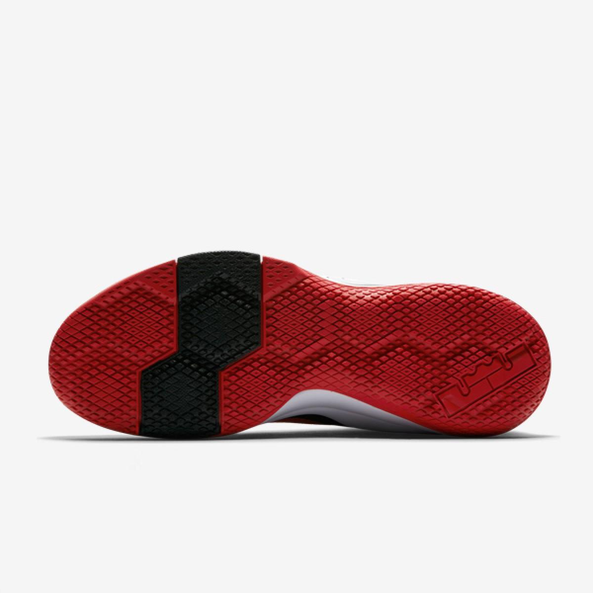 Nike Lebron Witness II 'Bred' 942518-006