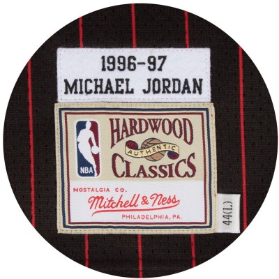 Mitchell & Ness Jordan Authentic Jersey 'Alternate 96-97'-CBUBLCK9-6MJO